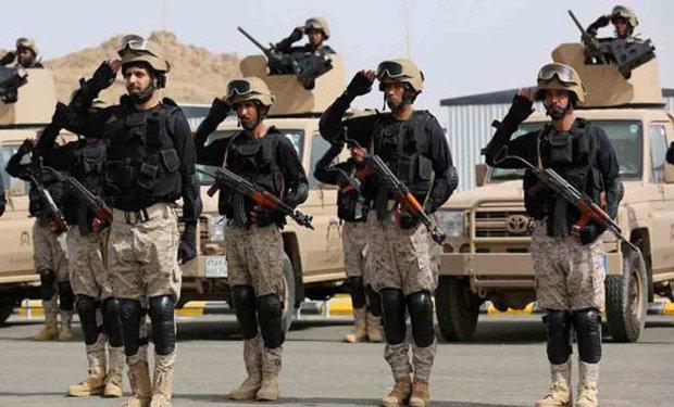 قطر کی سرحد پر سعودی عرب کی فوجی نقل و حرکت میں اضافہ
