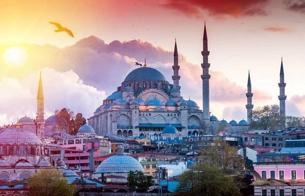 Iranians top list of tourist arrivals in Turkey