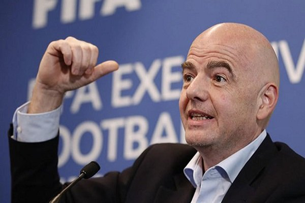 رئیس فیفا کرونا گرفت