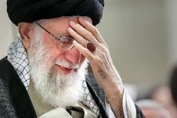 قائد الثورة يحضر مراسم عزاء شهادة الإمام علي (ع)