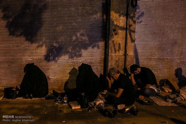 مراسم احیای شب بیست و یکم ماه مبارک رمضان در تهران -