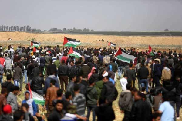 الصحة الفلسطينية: 127 شهيدا و14 ألف مصاب منذ بدء مسيرات العودة