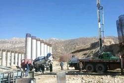 پایان عملیات ساخت پایه های پل چهارم بشار/ پیشرفت ۸۰ درصدی پروڗه