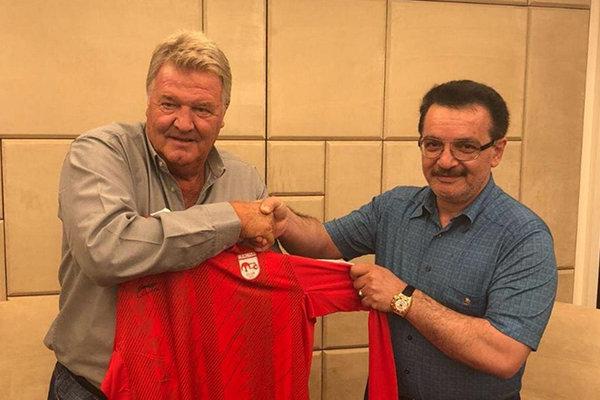 John Toshack joins Iran's Tractor Sazi FC as head coach