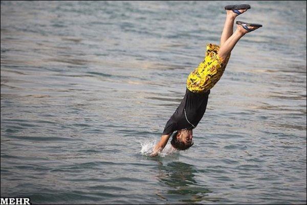 خطرات شنا در رودخانه و کانالهای آبیاری/ هشدارها جدی گرفته شود