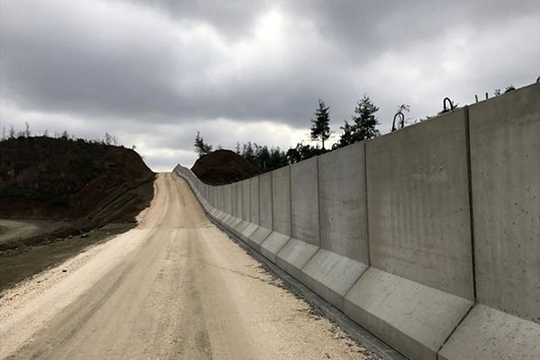 Turkey to begin another 43-km security wall on southern Iranian border