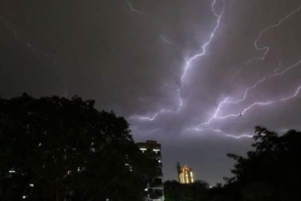 بارش باران در شمال/ توفان، رگبار و رعد برق در مناطقی از کشور
