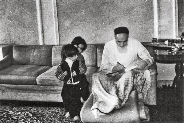 زندگی امام خمینی به روایت ۱۱۴ عکس/ تصاویری که ندیدهاید