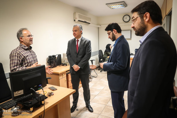 Brazilian envoy at Mehr News HQ for tour, interview