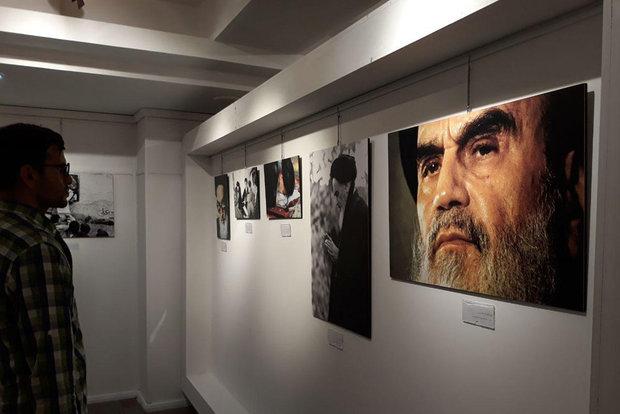 برای تجدید دیدار با امام خمینی(ره) به تماشای این عکسها بروید