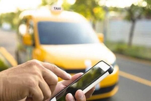 فعالیت تاکسی های اینترنتی در کرمان باید قانومند شود,