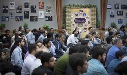 انقلاب اسلامی در حال تبدیل به یک انقلاب اجتماعی است