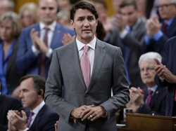 Canada's Trudeau votes against relations with Iran