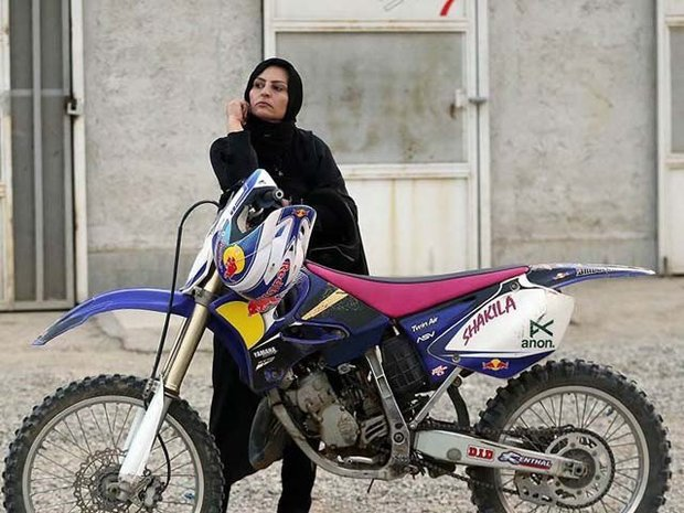 سعودی عرب میں اب عورتیں موٹر سائیکلیں بھی چلائیں گی