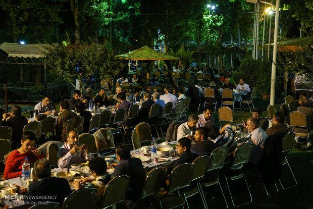 مراسم افطاری هیآت رزمندگان شهدای تخریب