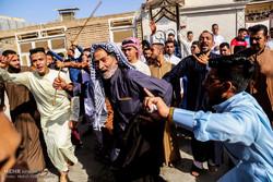مراسم دید و بازدید مردم اهواز در روز عید فطر