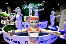 ربات انسان نما به کودکان ریاضی یاد می دهد