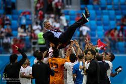 فرحة المنتخب الايراني لكرة القدم بعد فوزه على نظيره المغربي