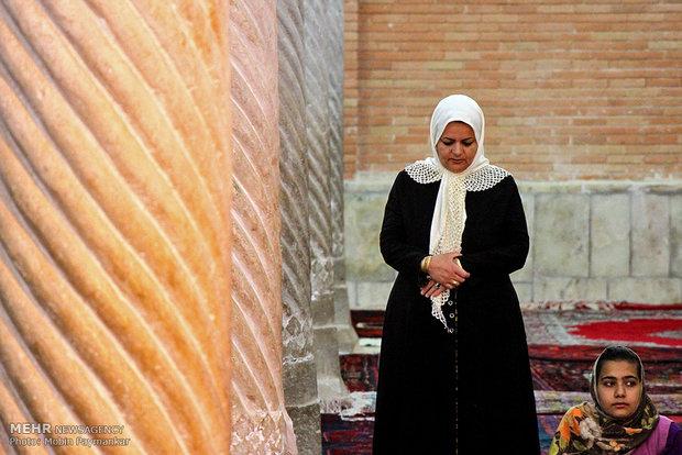 اقامه نماز عید سعید فطر در مسجد جامع سنندج