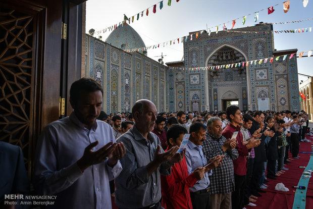 اقامه نماز عید سعید فطر در حرم مطهر شاهچراغ (ع)