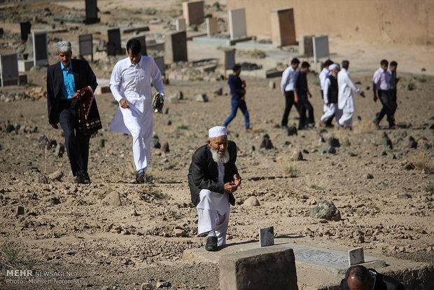 اقامه نماز عید سعید فطر در روستای بجد خراسان جنوبی