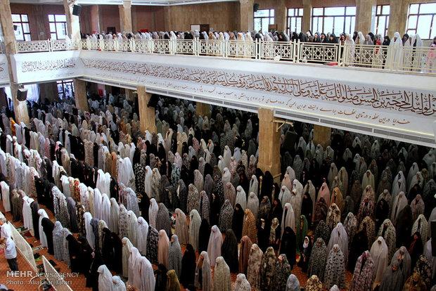 إقامة صلاة عيد الفطر في مصلى جرجان شمال ايران