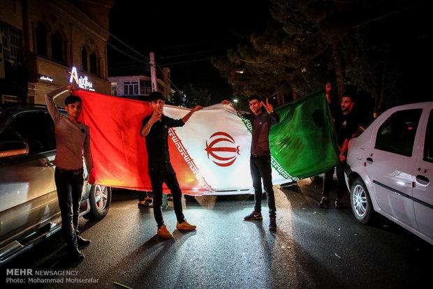 الفرحة تعم ايران بعد فوز المنتخب في مونديال