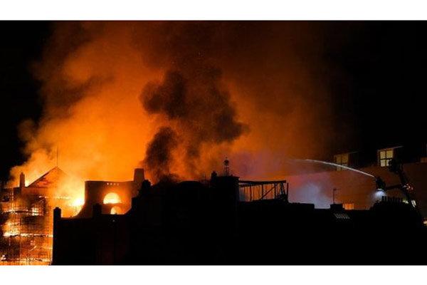 مدرسه هنر گلاسکو در آتش سوخت