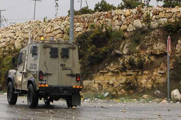 رزمندگان مقاومت جیپ نظامیان اسرائیلی را هدف قرار دادند