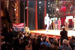 یک طرفدار ترامپ نمایش موزیکال رابرت دنیرو را برهم زد