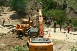 سپاه در ساخت و بازسازی مناطق سیل زده رودسر مشارکت می کند