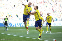 دیدار تیم های ملی فوتبال سوئد و کره جنوبی
