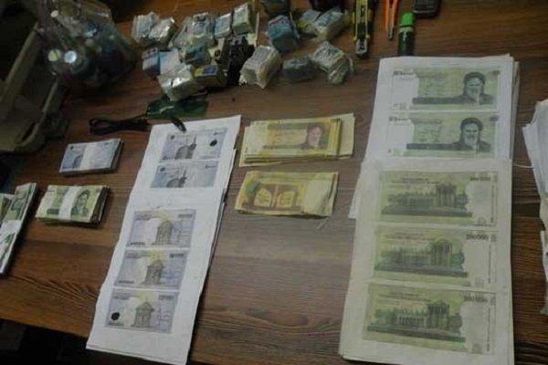 توزیع کننده اسکناس های تقلبی در رشت دستگیر شد