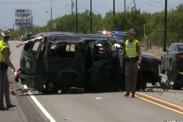 امریکہ میں ایک شخص نے فٹ پاتھ پر گاڑی چڑھا کر 3 افراد کو ہلاک کردیا