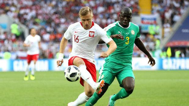السنغال تظفر بالنقاط الثلاث على حساب بولندا