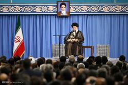 قائد الثورة الاسلامية: لا ضرورة لابرام اتفاقيات غامضة مجهولة الغايات