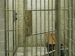 Three Iranian prisoners pardoned in Oman