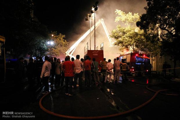 حضور مردم ،کسبه و نیروهای انتظامی و خدماتی در خیابان امیر کبیر