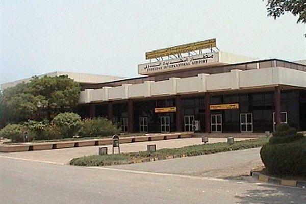 الحوثي: مطار الحديدة تحت السيطرة، ولا عزاء للمحتلين