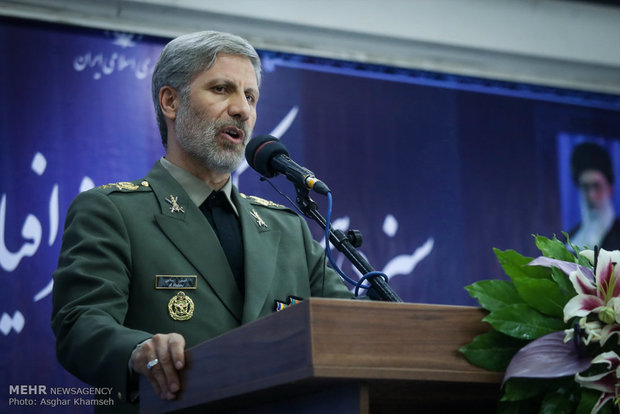 Defense min. warns against US plan to redraw Middle East