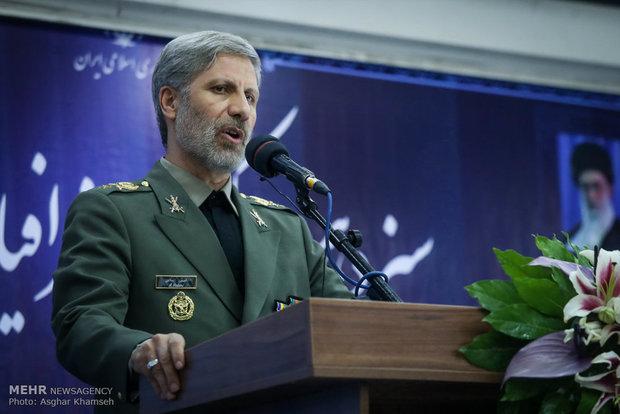 وزير الدفاع الإيراني يحذر من المشروع الامريكي لتغيير جغرافيا المنطقة