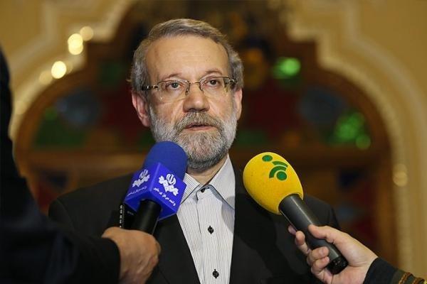 علی لاریجانی در جمع خبرنگاران