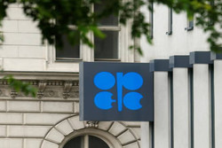 تأکید کمیته نظارتی اوپک و غیراوپک بر ضرورت کاهش تولید نفت