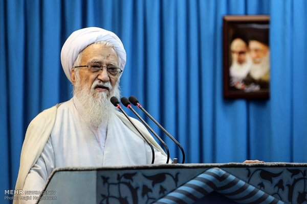 Senior cleric calls on Iranian people not to be deceived by enemies' plot