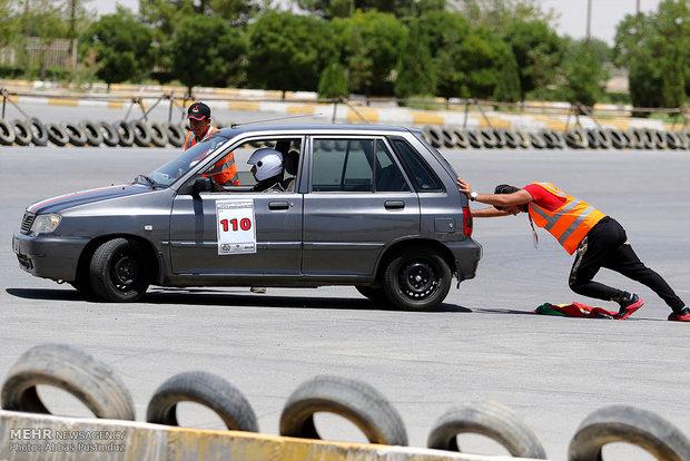 دومین دوره مسابقات اتومبیلرانی اسلالوم قهرمانی کشوردر اصفهان