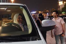 Suudi Arabistan'da kadınlar ilk kez araba kullandı