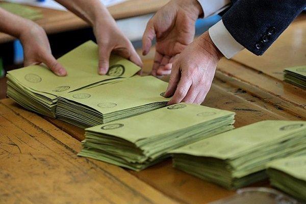 MetroPOLL'den seçim anketi: AK Parti ve MHP'de düşüş sürüyor