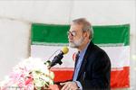 رژه نیروهای مسلح با سخنرانی رئیس مجلس در بندرعباس آغاز شد