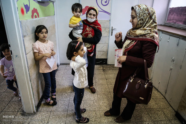 بدء مشروع تقييم الصحة للصف الاول الابتدائي في طهران