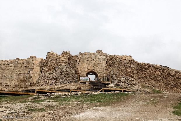 Taht-ı Süleyman Tapınağı